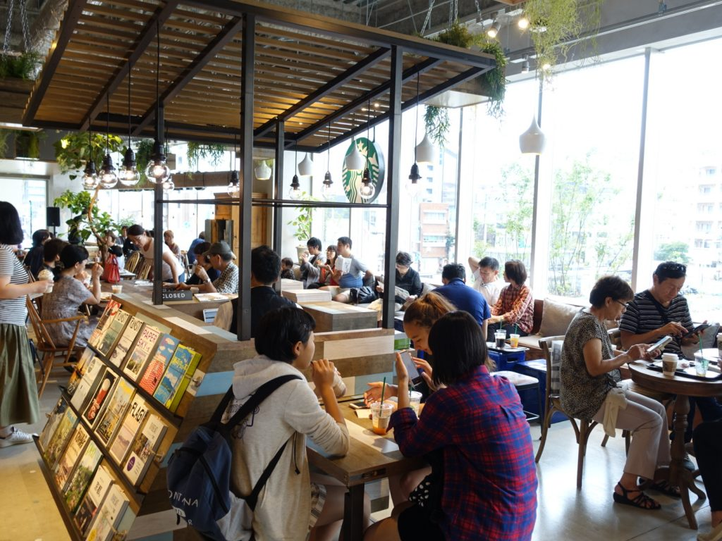 六本松 蔦屋書店 オープン 滞在
